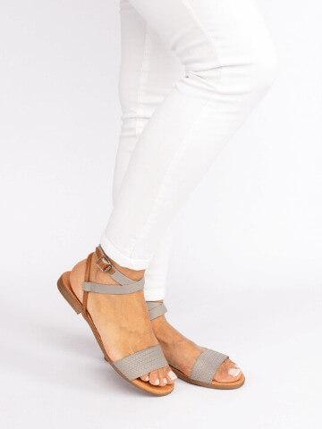 Flat Sandals Tapadas