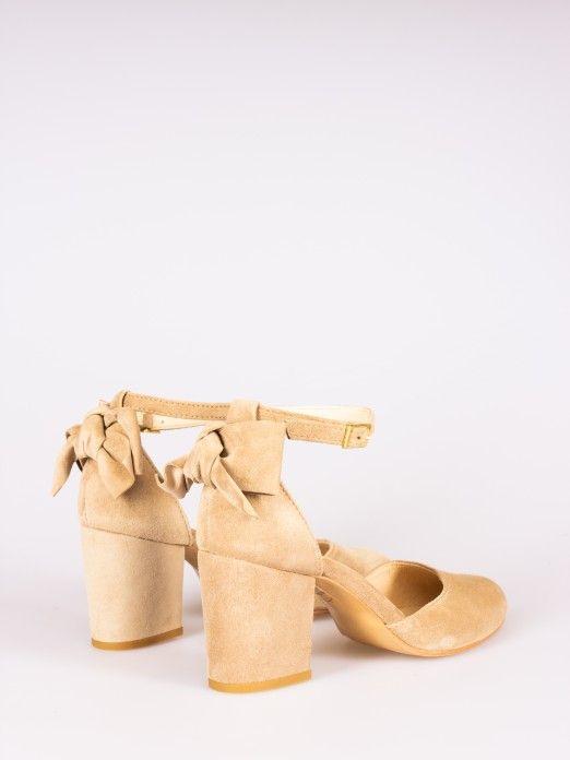Sapato com Laço
