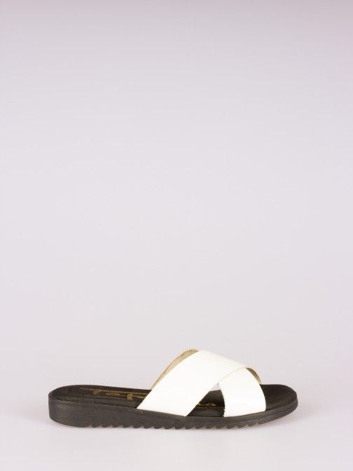 Cross Strappy Slipper
