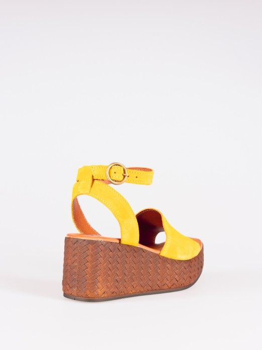 Wide Strip Wedges