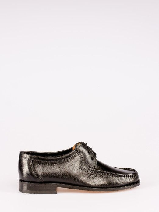 Lace-up Leather Shoe