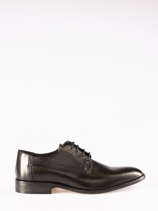 Classic Lace-up Shoes
