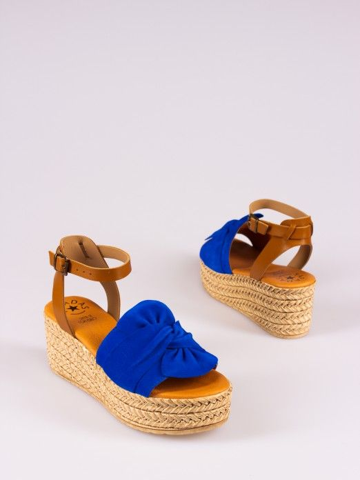 Wedge Sandal with Bow