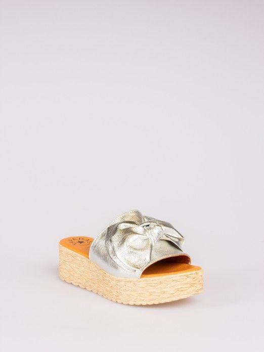 Soca Pele Metalizada com Laço