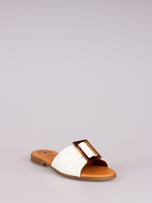 Leather Slipper with Buckle