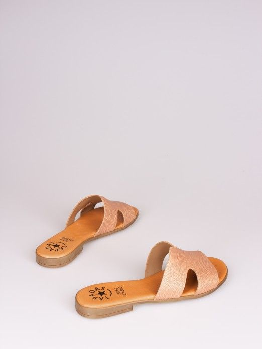 Side Cutout Flat Slipper