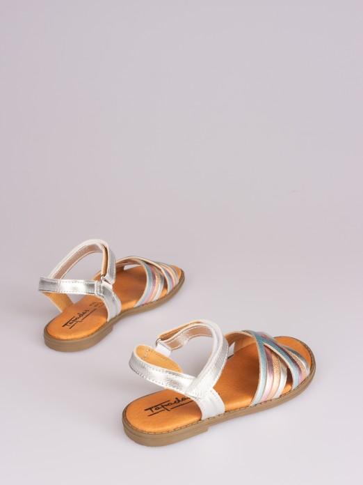 Sandália Cruzada com Velcro