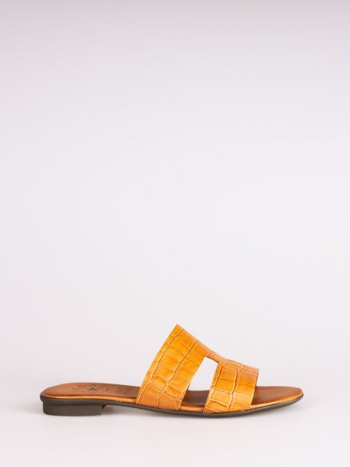 Side Cutout Croco Slipper
