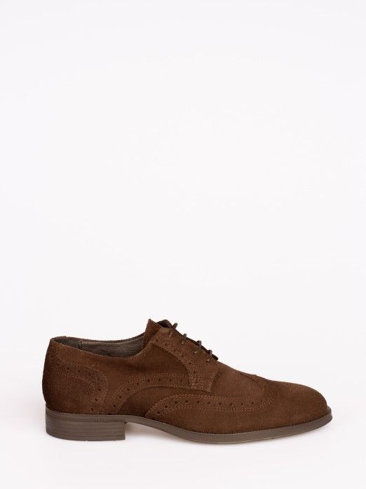 Sapato de Camurça Clássico