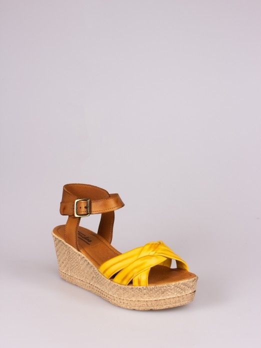 Knot Wedge Sandal