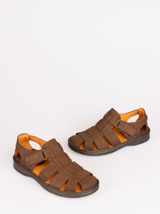 Sandália em Nobuck