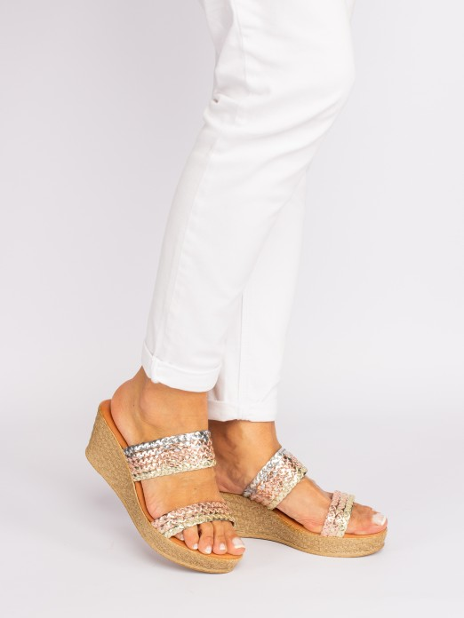 Two Straps Wedge