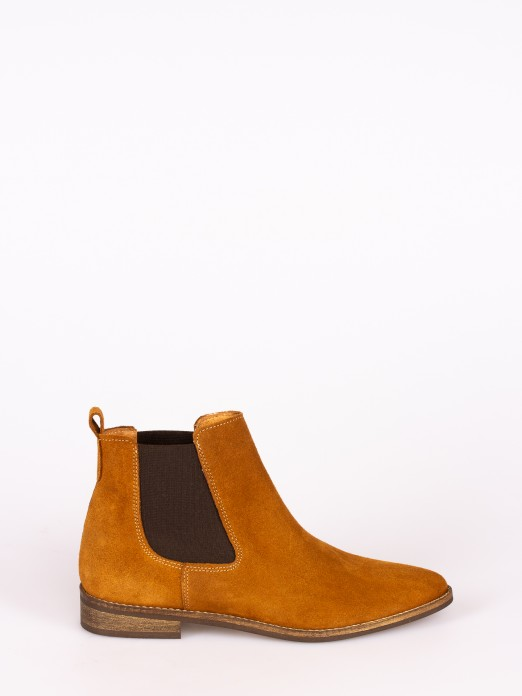 Suede Elastic Boots