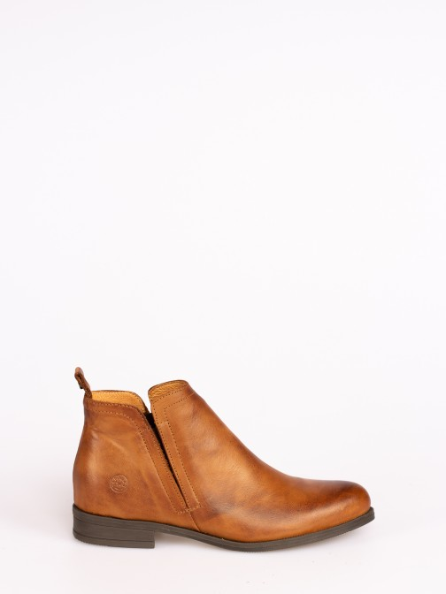Ankle Boots with Elastic