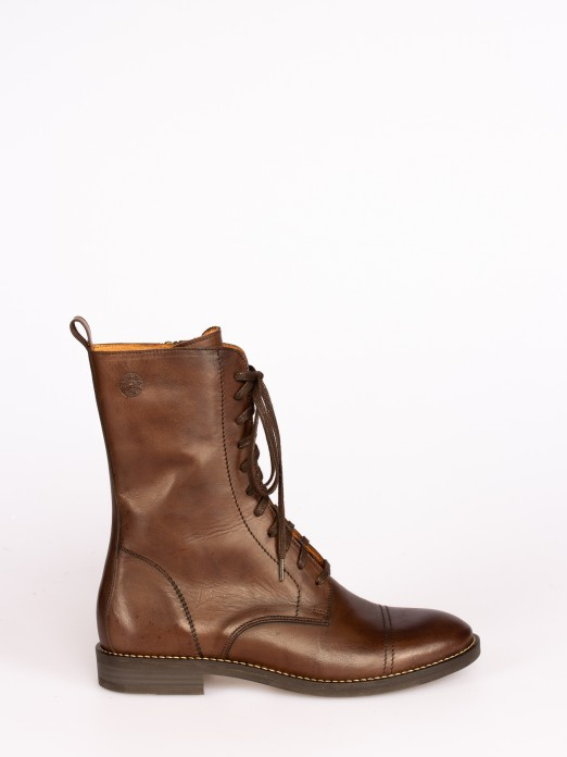 Leather Mid-calf Flat Boots