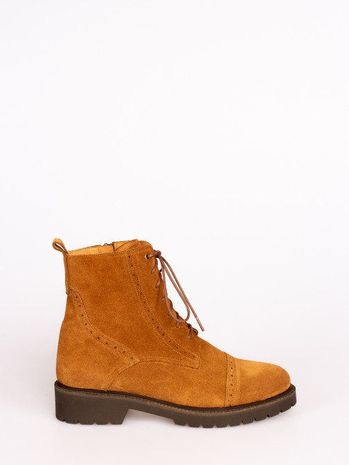 Suede Lace-up up Ankle Boots with Track Sole