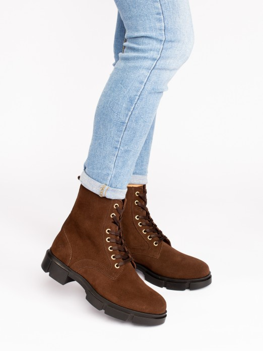 Suede Lace-up Track Sole Boots