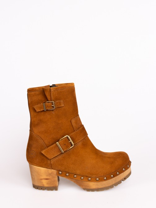 Wood Boots with Buckles