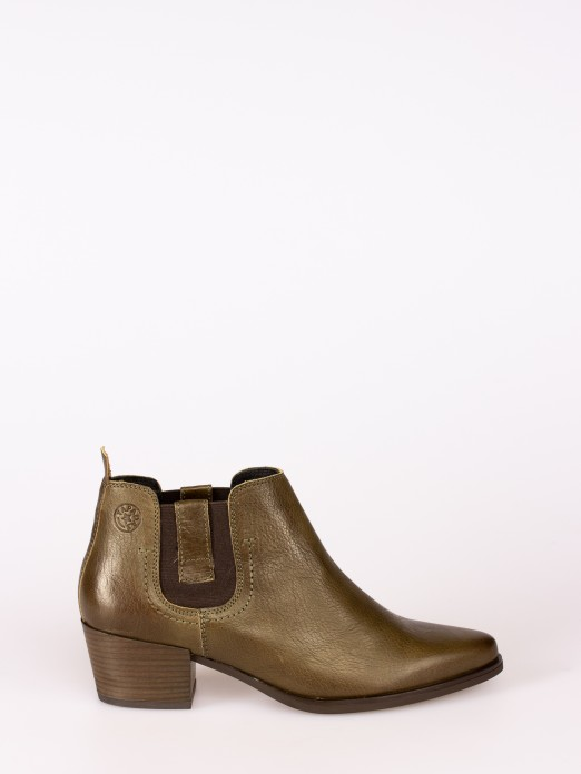 Rustic Leather  High-heel Ankle Boot with Side El