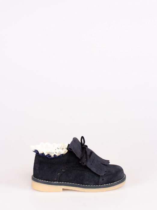 Sapato Carneira com Franja e Renda