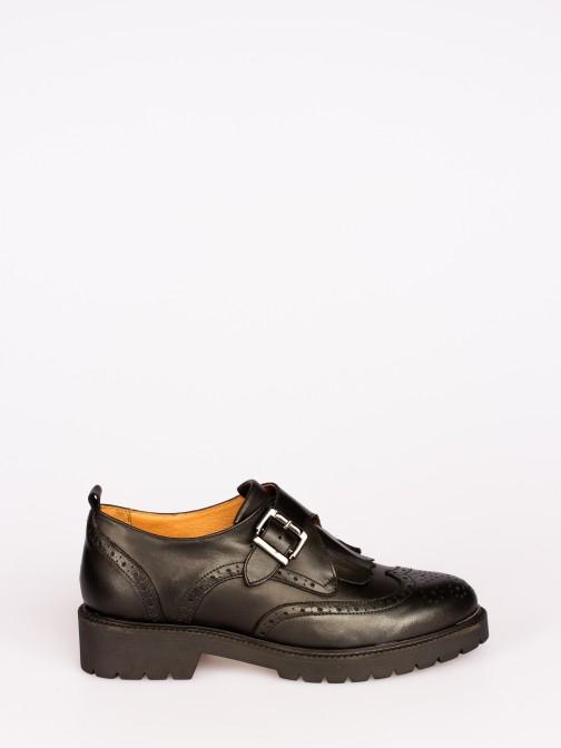 Sapato Pele com Fivela