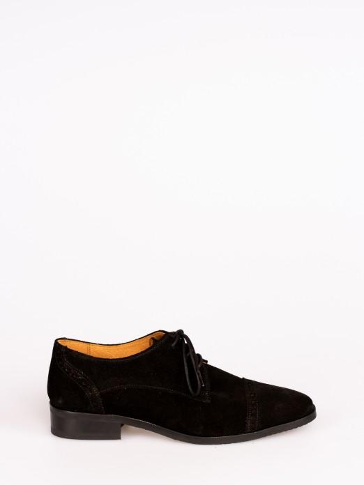 Sapato Clássico em Camurça