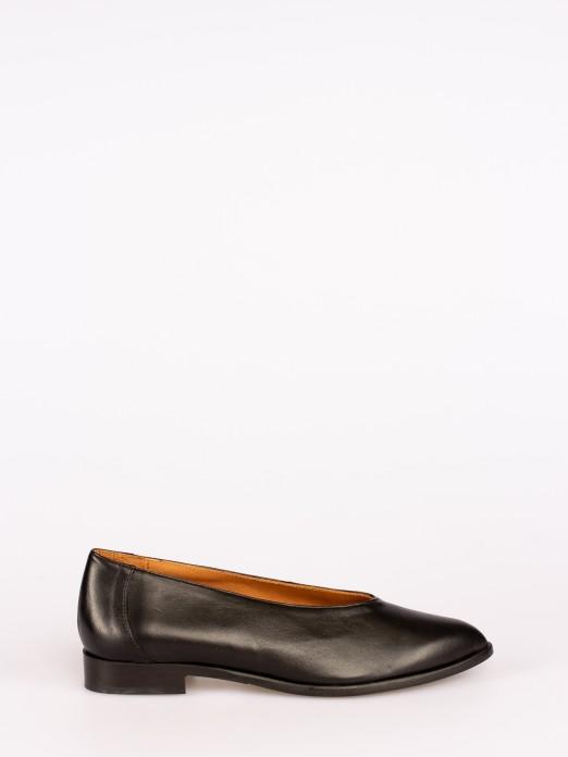 Sapato Raso Gáspea Subida em Pele