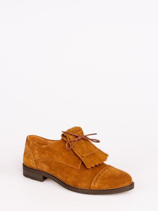 Sapato Raso Camurça com Franjas