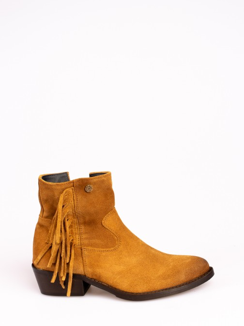 Suede Ankle Boots with Fringes