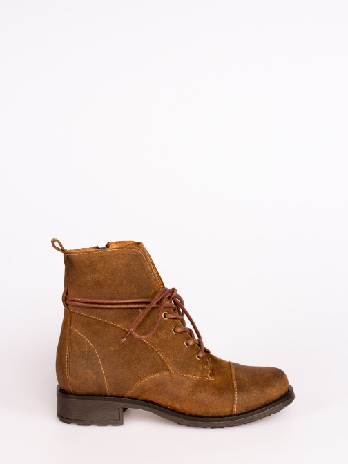 Oiled Suede Lace-up Boots